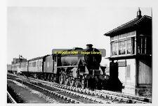 rp4098 - Train arr Padgate Railway Station - photo 6x4