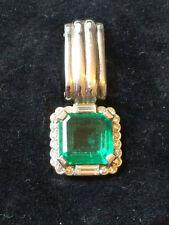 18Carat White Gold Emerald Fine Necklaces & Pendants