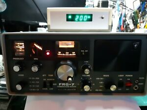 Yaesu FRG7 and Digital Display Unit