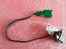 PEUGEOT 206 CC Contacteur toit fermé gauche (patte de fixation avec mécanisme)