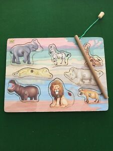 Wild Republic Timber Puzzle / Wild Life Animals / Magnetised 29cm By 21cm
