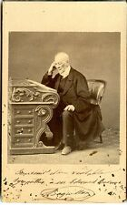 Photo ancienne CDV Portrait Homme âgé à son bureau circa 1850 Second Empire