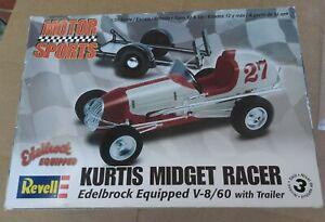 Revell Kurtis Midget Racer Edelbrock Equipped V-8/60 w/Trailer All Parts Sealed