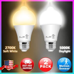 2 Pack Motion Sensor LED Bulb10W 2700K Warm white/5000K Daylight