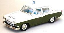 Neues AngebotVolkspolizei 1970 GAZ / Volga / Wolga M-21 in 1:24
