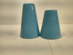 Vintage Ceramic Blue Pyramid Shape Salt And Pepper Shaker Set sp64