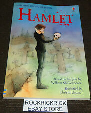 HAMLET - 64 PAGE READING BOOK (BRAND NEW)