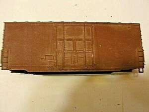 HO Scale 40' Shell Only High Cube undecorated Box car