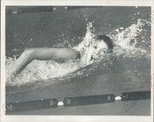 1968 US Olympic Swimmer Debbie Meyers Practicing for Meet Press Photo