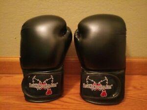 Century I Love Kickboxing Adult Unisex Black MMA Boxing Gloves 12 Oz