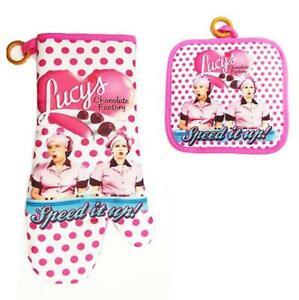 I Love Lucy Pot holder/Oven mitt set Chocolate Factory