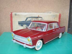 jyesa seat/fiat 1400 maxi car 36cm. ex filoguidata con scatola