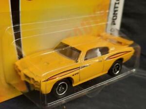 2009 Matchbox Heritage Classics #10,  '70 Pontiac GTO, Yellow, MOC! S