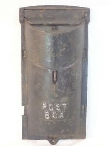 VINTAGE ANTIQUE CAST IRON WALL MOUNT LOCKABLE FLIP TOP MAIL POST BOX