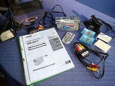 JVC GR-D21 Camcorder Mini DV Digital Video Camera 700 x Zoom mit viel Zubehör