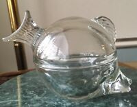 """Vintage ANCHOR HOCKING """"FISH Candy BOX"""" Clear Glass Etched design/ Two piece USA"""