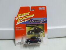 Johnny Lightning Volkswagen 2002 New Beetle