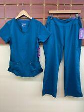 New Healing Hands Caribbean Blue Scrub Set With Medium Top & Medium Petite Pants