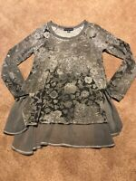 Womens Saks Fifth Avenue Gray Floral Shirt Top Blouse Size Small