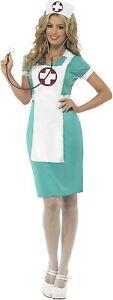 Costume infirmière du bloc, vert, avec robe, faux tablier et coiffe, Taille M
