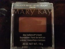 MARY KAY CREAM DAY RADIANCE FOUNDATION YOUR CHOICE OF COLORS, COMPACT, COVER