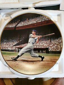 "Bradford Exchange . Joe DiMaggio Plate ""The Streak"" w/ COA....Yankees"