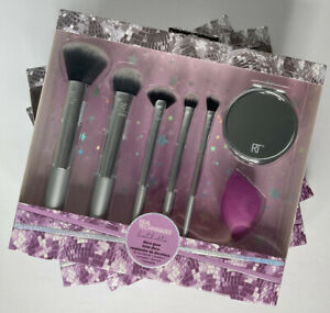 Real Techniques Disco Glow Limited Makeup Brush Set & Bonus Sponge Blender 7 PCS