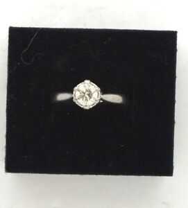 Vintage 18ct white gold .50ct Diamond Solitaire engagement ring. Size M 1/2.