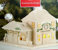 Lenox Christmas Village Lighted Led Train Station Building it Glows! New In Box