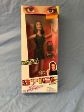 Victoria Beckham Spice Girls 1997 Official Spice Girls power Doll BRAND NEW