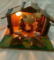 Vintage Nativity With Holy Family and animals, Light, Music Box Cresche SONOSCO