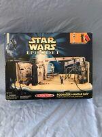 Star Wars Episode I Action Fleet PODRACER HANGAR BAY Micro Machines BRAND NEW