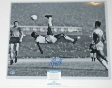 PELE signed (BICYCLE SOCCER KICK) BRAZIL autographed 16X20 photo BECKETT BAS