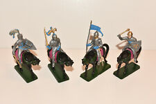 Vintage STARLUX Medieval Mounted SILVER Knights Plastic Toy Soldiers 1:32