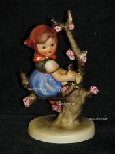 "Goebel Hummel 141 3/0 ""Frühling"", apple tree girl, Mädchen auf blühenden Baum"