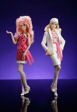 Integrity JEM AND THE HOLOGRAMS Who Is He Kissing Flip Side Fashion Doll Set NEW