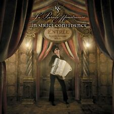 In Strict Confidence - La Parade Monstrueuse (2010, CD NEUF)