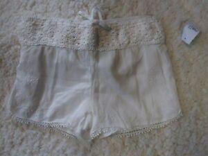 Rue 21 White Crochet Shorts Size S NWT