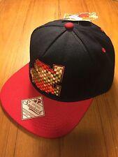 71c4b1e5640  NEW  Official Nintendo - Super Mario Bros Era Snapback Hat Men Retro