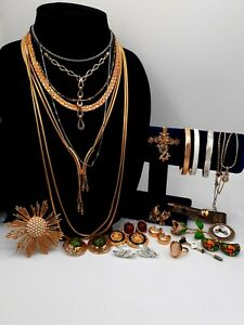 High Quality Vintage Jewelry Lot Designer Signed Monet Trifari Alice Emmons