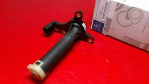 Mercedes W203 W271 Dodge Freightliner Sprinter Engine Oil Level Sensor GENUINE