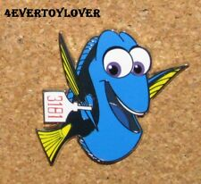 D19 Pin Pinback Disney Dory Movie Nemo Character Paris No1