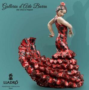 Porcelain Artistica.by Lladró. Ballerina Spanish of Flamenco Red & Black