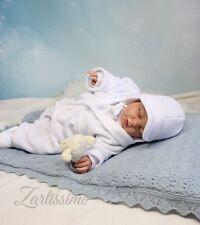 Markenlose Taufbekleidung aus Fleece