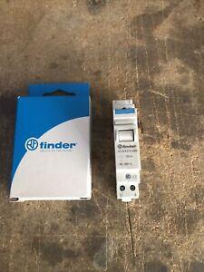 Finder Installationsrelais 22.23.9.012.4000