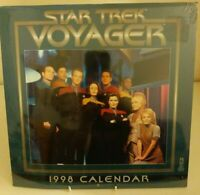 Star Trek Voyager - 1998 Wall Calendar  - Sealed Collectable Starfeet Sci-Fi