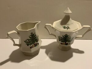 Nikko Christmastime Classic Collection Sugar & Creamer Footed Christmas