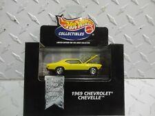 Hot Wheels Black Box Yellow 1969 Chevrolet Chevelle w/Real RIders
