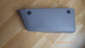Ablagefach,Türverkkeidung v. rs. u. Mercedes Sprinter W906 Teile Nr. 9067270571