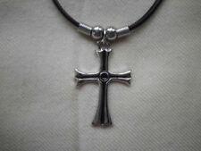 Modeschmuck-Halsketten & -Anhänger für Damen mit Edelstahl-Kreuz-Motiv